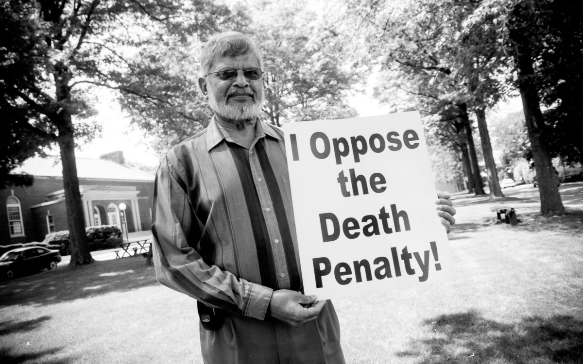 Arun Gandhi opposes the death penalty and executions