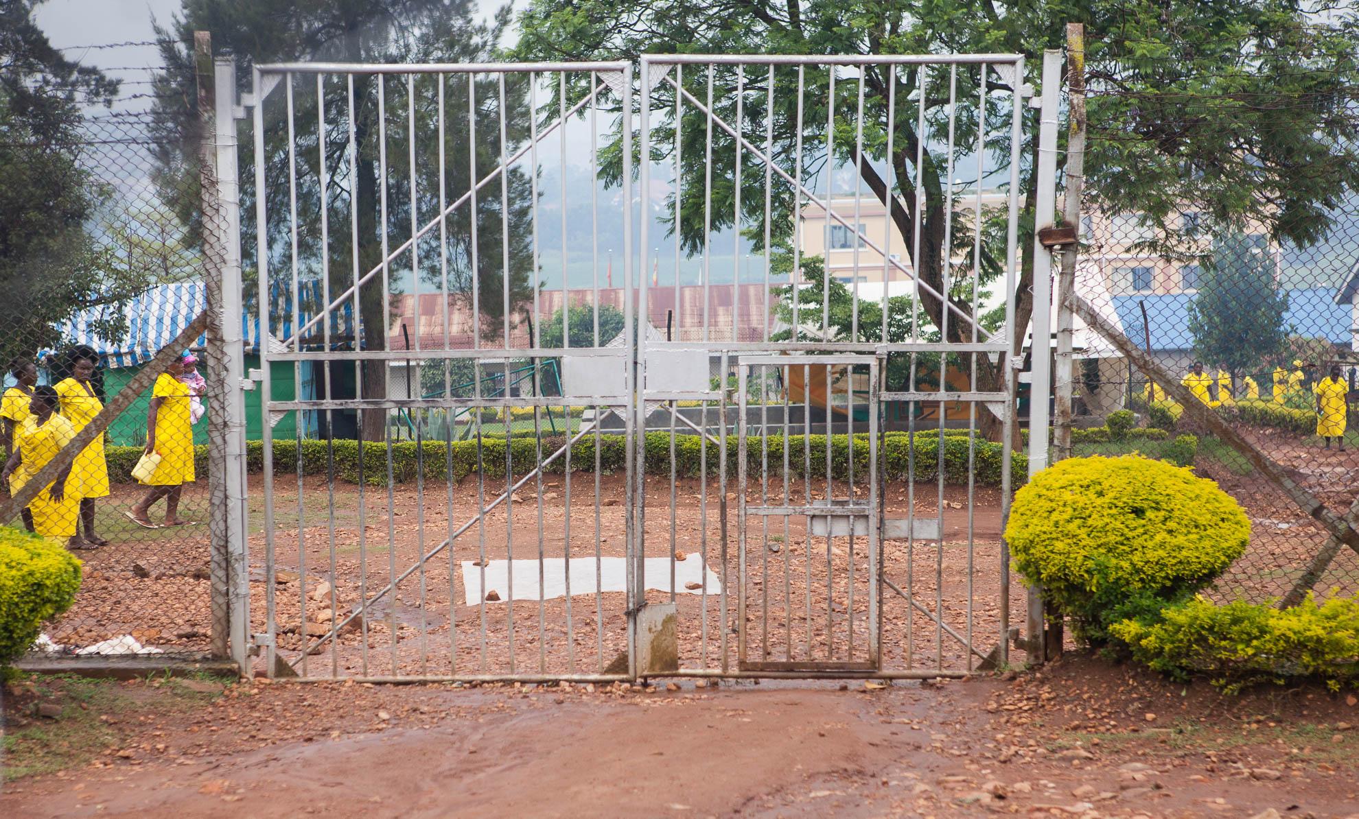 death penalty, photography, photos, execution, prison, documentary, death row, uganda, africa, women