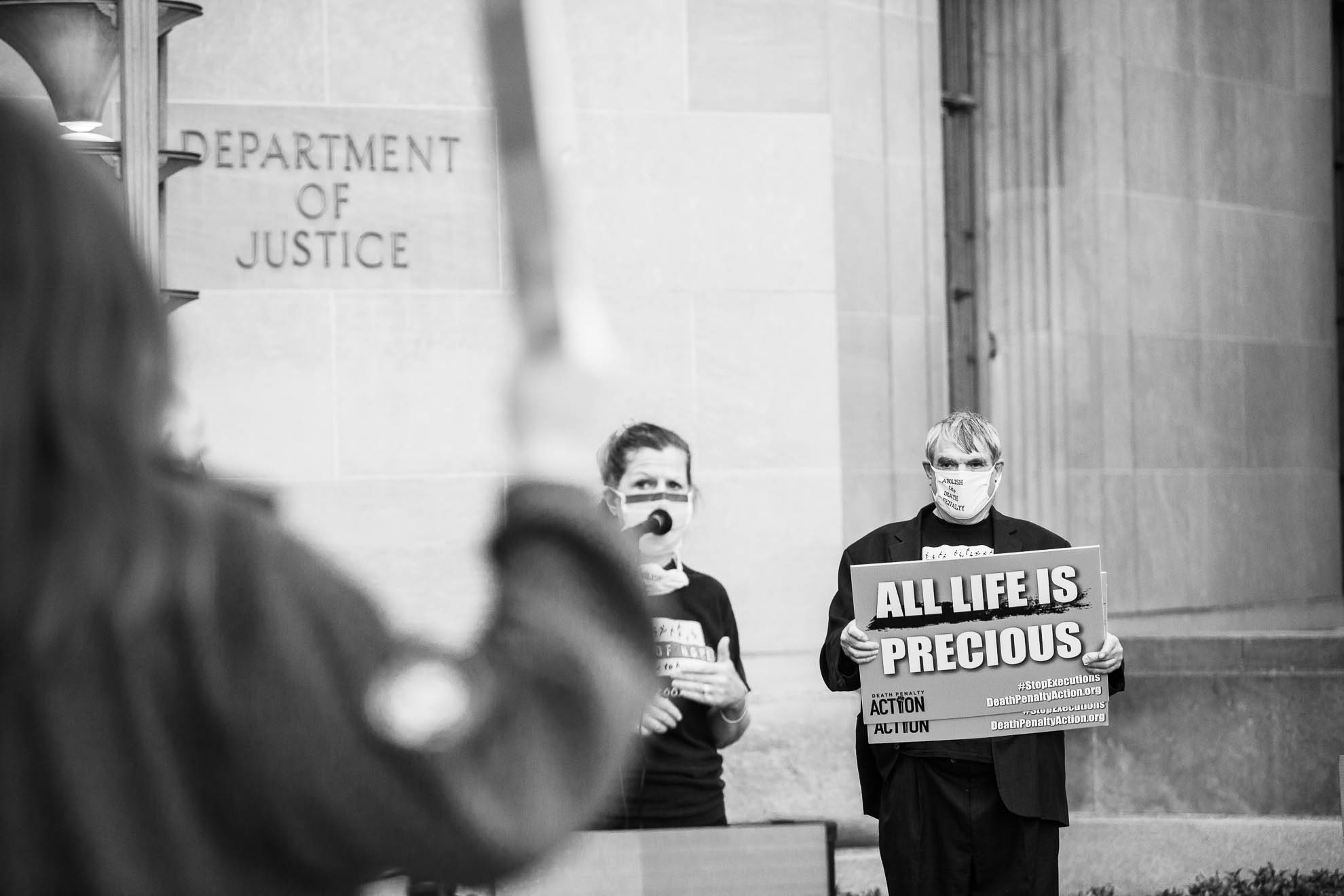 death penalty, photography, photos, execution, prison, documentary, federal, trump, department of justice, washington, dc,, protest, vigil